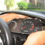 Penyebab Lampu Speedometer Mobil Rusak dan Cara Memperbaikinya